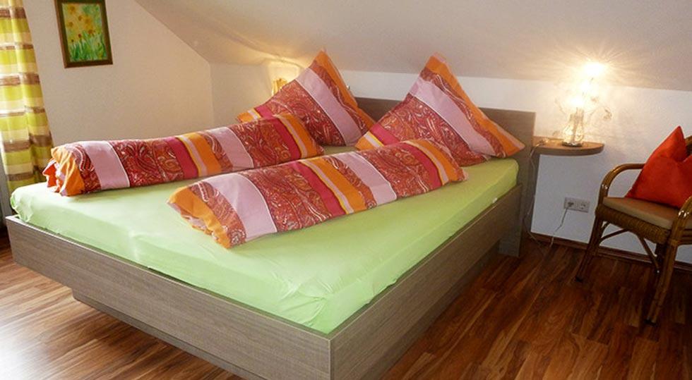 Elternschlafzimmer einer Ferienwohnung von Familie Hahn